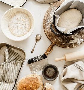 Duonos su raugu kepimas žingsnis po žingsnio