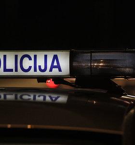 Vilniuje prie laiptinės – negyvas vyras: kūno sužalojimai patraukė tyrėjų dėmesį