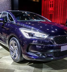 """Ženevos automobilių parodoje pristatytas atnaujintas """"Citroen DS5"""""""