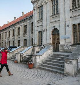 Vienuolyną Vilniaus centre atgavę pranciškonai Vyriausybės prašo 5 mln. eurų renovacijai