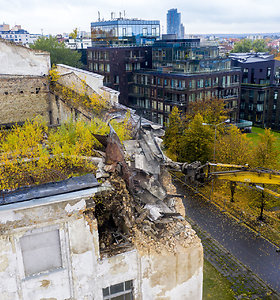 Istorinė akimirka: griaunamas matomiausias Vilniaus pastatas – Profsąjungų rūmai