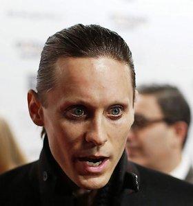 """Gerbėjas """"30 Seconds to Mars"""" lyderiui Jaredui Leto paštu atsiuntė savo ausį"""