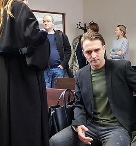 Klaipėdoje atverčiama Dovilės Didžiūnaitytės byla: į teismą atvyko kaltinamieji A.Miltenis ir R.Pinikas