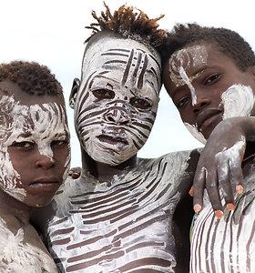 Ryškūs Etiopijos Omo upės slėnio genčių portretai