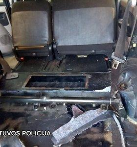 Baigtas ikiteisminis tyrimas dėl kanapių kontrabandos į Lietuvą
