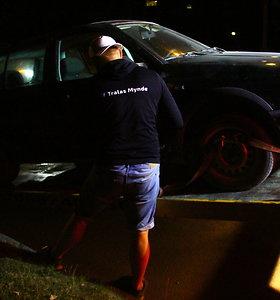 """Raseinių rajone beteisis vairuotojas išregistruotu """"Golfu"""" važiavo girtas: 3,6 promilės"""