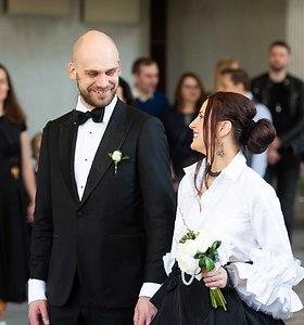 """Grupės """"Žalvarinis"""" narių Sigitos Jonynaitės ir Domo Žostauto vestuvės"""