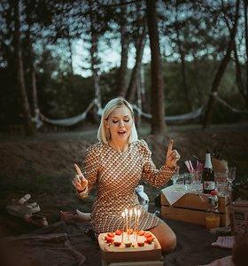 """Nė dienos be gamtos negalinti Monika Linkytė: """"Ypatingi piknikai tie, kuriuose kartais būnu viena"""""""