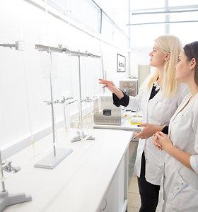 Jaunosios KTU tyrėjos – apie pasirinkimą eiti mokslininkių karjeros keliu ir pirmuosius pasiekimus