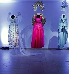 """Dizainerė Renata Maldutienė """"Titaniko"""" parodų salėse atidarė savo darbų parodą"""