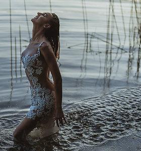 Katažinos Zvonkuvienės fotosesija vandenyje