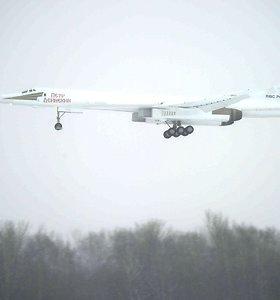 Didžiausias pasaulyje kovinis lėktuvas TU-160