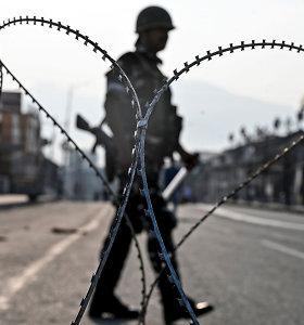 Indija vėl leis turistams vykti į Kašmyrą