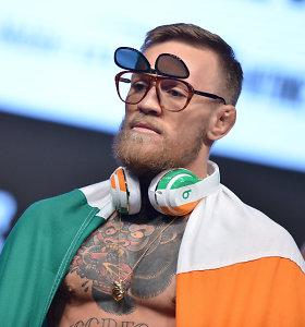 Geros naujienos C.McGregorui: panaikinti kaltinimai dėl gerbėjo užpuolimo