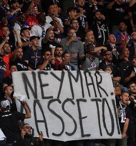 Užsitraukė sirgalių nemalonę: Paryžiuje – Neymarą įžeidžiantys plakatai ir skanduotės