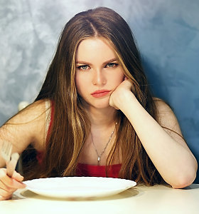Kodėl, kai esame alkani, mumyse prabunda piktas žvėris?