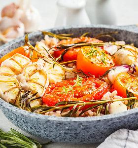 Išbandę kartosite vėl ir vėl: su pomidoriukais ir česnakais orkaitėje kepti ryžiai