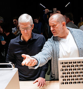 """Buvęs pagrindinis """"Apple"""" dizaineris: Timui Cookui išvaizda nesvarbi"""