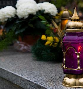 Seimas spręs, ar lapkričio 2-ąją išbraukti iš atmintinų dienų sąrašo