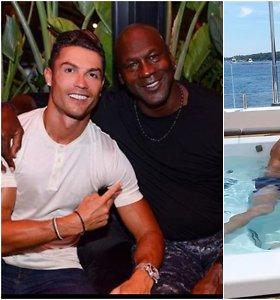 C.Ronaldo per atostogas sutiko M.Jordaną ir užrašė tris žodžius