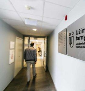 Nedarbas Lietuvoje įstrigęs ties 8 proc., nors darbo vietų daug