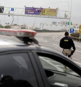 Brazilijoje policija nukovė autobusą su keleiviais užgrobusį ginkluotą užpuoliką