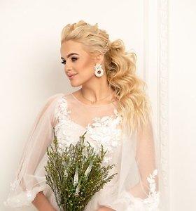 """Žinomos moterys tapo šventinių šukuosenų modeliais: """"Plaukai – svarbiausias grožio akcentas"""""""