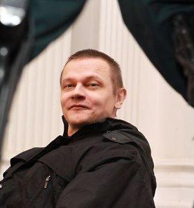 Buvęs karininkas Saulius Vitkus, kaltintas 13 mergaičių žaginimu ir išnaudojimu pornografijai, pagaliau išgirdo teismo nuosprendį