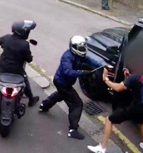 """""""Arsenal"""" futbolininkus užpuolęs vyras pasodintas už grotų"""