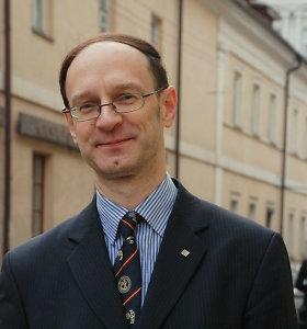 Lietuvoje siūloma įtvirtini aukštesniąją valstybės tarnybą
