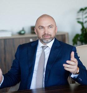 """Artūro Rakausko SSPC prašo leidimo įsigyti """"R Investiciją"""""""