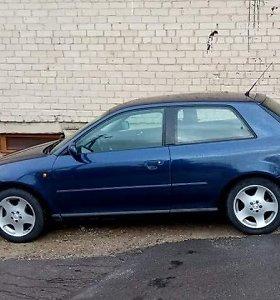 """Domeikavoje pavogta 24-erių metų senumo """"Audi"""": kilo diskusija, kam tokią vogti?"""
