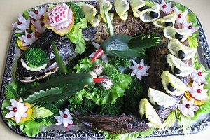 Velykinė lydeka, įdaryta kiaušinukais, lašiša, špinatais (Reginos R. receptas)