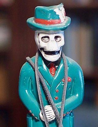Wikipedia.org nuotr./Tradicinė Barono Šeštadienio statulėlė