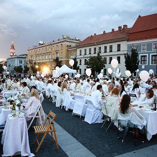 Baltoji vakarienė