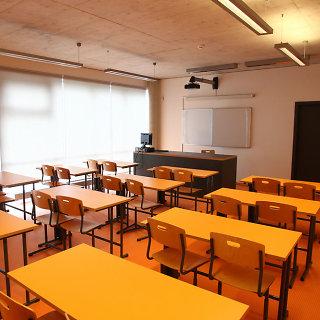 Salantų gimnazija