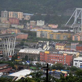 Italijoje sugriuvo viadukas