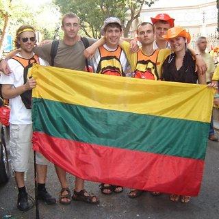 Lietuviai