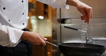 Atradimai virtuvėje: siųsk receptą, laimėk 5 kg grilio kepsnių!