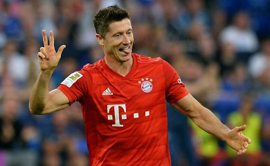 """Bundeslyga: po Roberto Lewandowskio įvarčių šou – pirma """"Bayern"""" pergalė"""