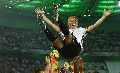 Buvęs Vokietijos futbolo rinktinės kapitonas baigia karjerą