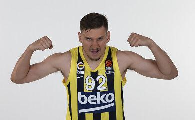 """Eurolyga grįžta: testas E.Ulanovui, """"Maccabi"""" milijonų žaidimai ir prancūzų paradoksas"""