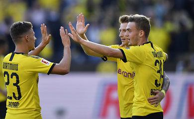 """Rokiruotė Bundeslygoje: Dortmundo """"Borussia"""" aplenkė Miuncheno """"Bayern"""""""