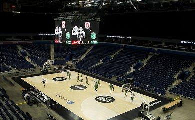 """Staigmena """"Ryto"""" sirgaliams: """"Siemens"""" arenoje sumontuotas didžiausias kubas Lietuvoje"""