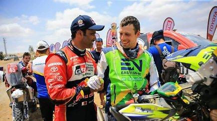 Arūnas Gelažninkas apie lenktyniavimą su Nasser Al-Attiyah: po finišo padėkojo už puikią kovą