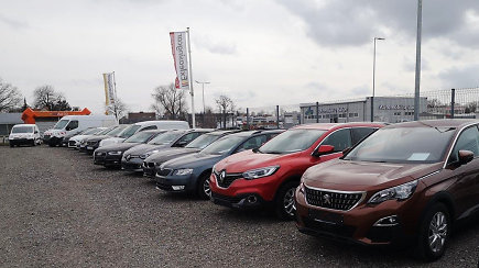 Automobilių aukcionai – lobynas ieškantiems patikimų naudotų transporto priemonių