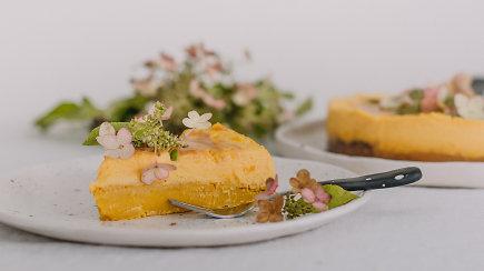 Rudeniškų skonių ir atspalvių puota – moliūgų tortas