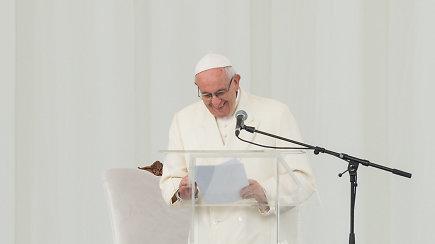 Popiežius Pranciškus jaunimui kalbėjo ir apie krepšinio komandas, ir apie švelnumo revoliuciją