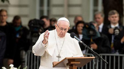 """Vizitą Lietuvoje baigęs popiežius: """"Mes galime atrasti drąsos ryžtingai įsipareigoti dabarčiai ir ateičiai"""""""
