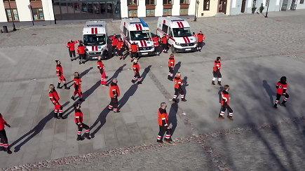 Kėdainių greitosios medicinos pagalbos darbuotojai atlieka vilties šokį